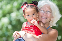 People_GrandmotherAndGrandchild